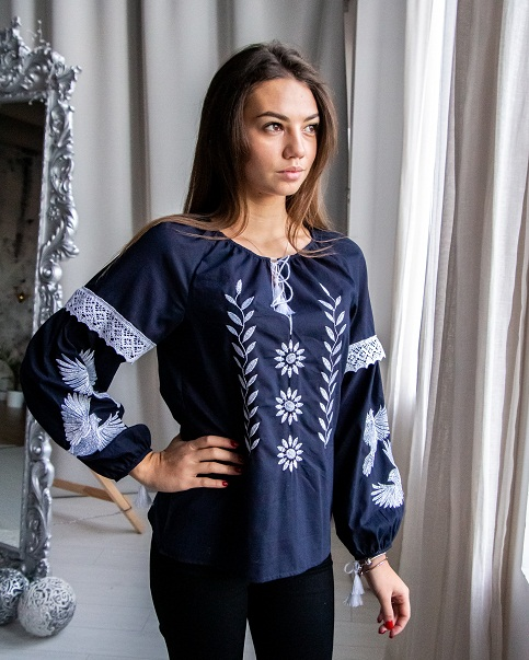 Купити жіночу вишиту сорочку Птаха ( т. синій) в Україні від Галичанка фото 1