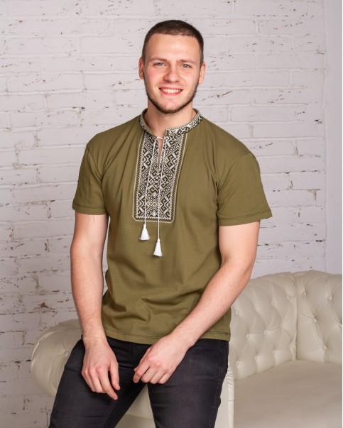 Купити чоловічу футболку вишиванку  Традиція (хакі з білим)  в Україні від Галичанка фото 1