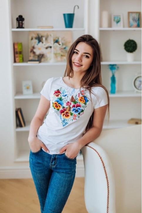 Купити жіночу футболку вишиванку Анютка (біла) в Україні від Галичанка фото 1