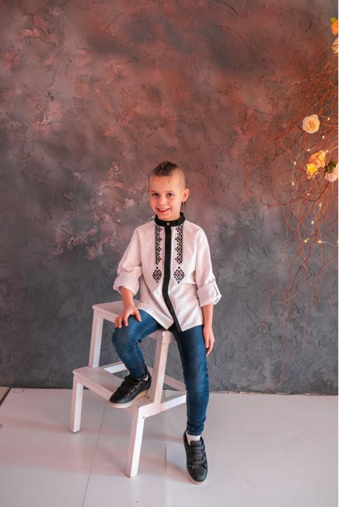 Вишиванка для хлопчика Гражда (біла) – купити в УкраїнівідГаличанка фото 1