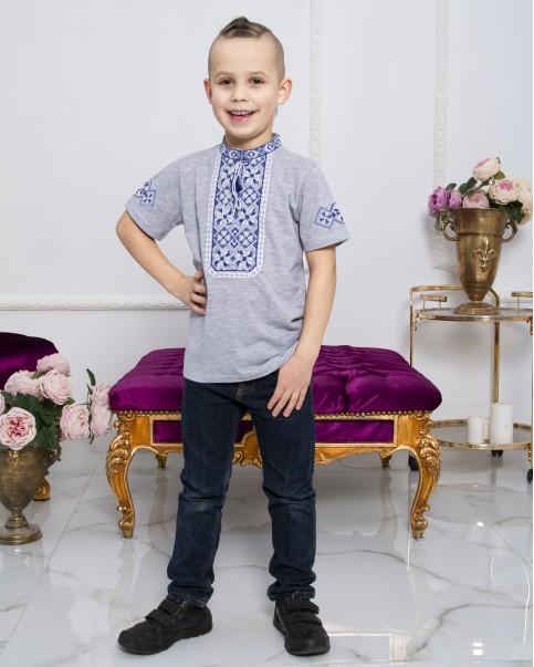 Купити вишиту футболку для хлопчика Іванко (сіра з синьо-білим) – ціна від виробника Галичанка фото 1
