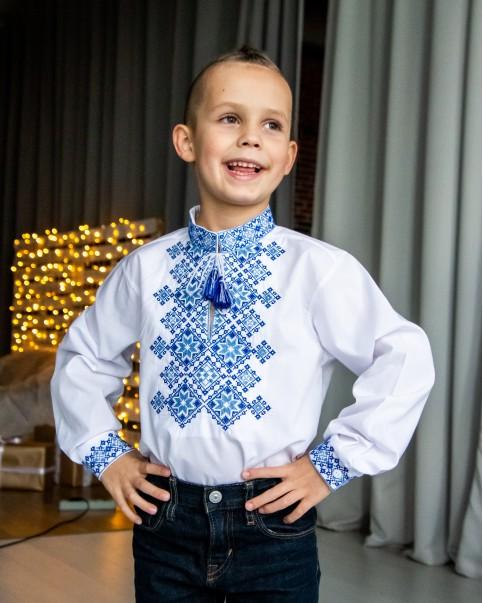 Вишиванка для хлопчика Марко (біла з синім) – купити в УкраїнівідГаличанка фото 1
