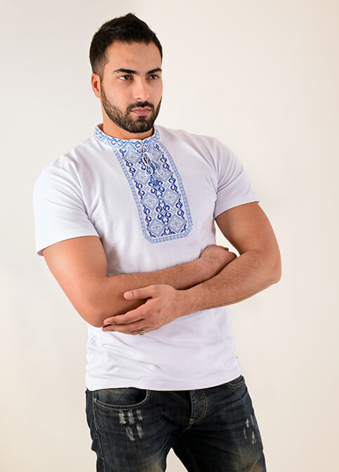 Купити чоловічу футболку вишиванку Криївка  (біла з синім)  в Україні від Галичанка фото 1
