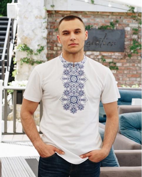 Купити чоловічу футболку вишиванку Захар (біла з синім) в Україні від Галичанка фото 1