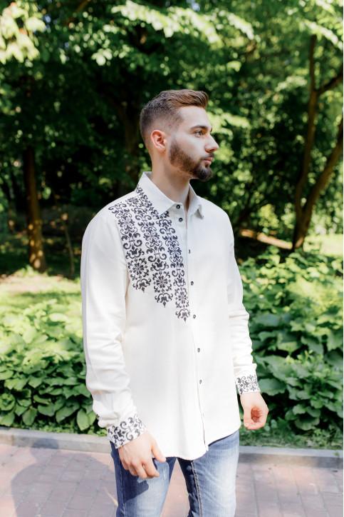 Купити чоловічу вишиту сорочку Северин (молочна з чорним) в Україні від Галичанка фото 1
