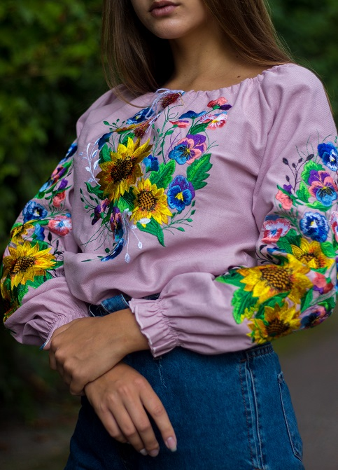 Купити жіночу вишиту сорочку Мар'яна (рожева)в Україні від Галичанка фото 1