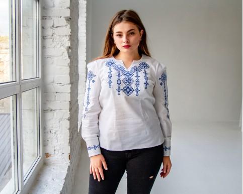 Купити жіночу вишиту сорочку Намисто (біла з синім)в Україні від Галичанка фото 1