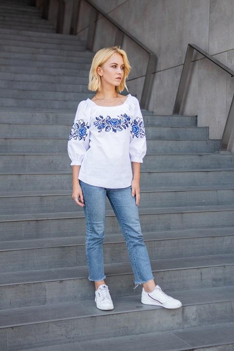 Купити жіночу вишиту сорочку Престиж (біла з синім)в Україні від Галичанка фото 1