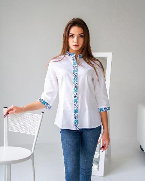 Купити жіночу вишиту сорочку Удача (біла з синім)в Україні від Галичанка фото 1