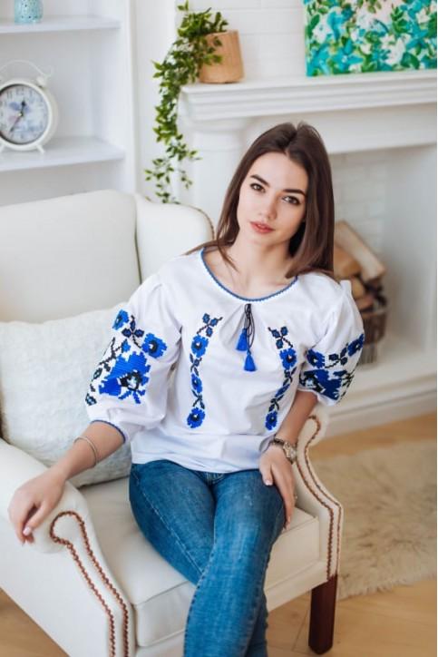 Купити жіночу вишиту сорочку Октава (біла з синім)в Україні від Галичанка фото 1