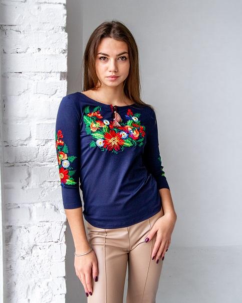 Купити жіночу футболку вишиванку Петриківка плюс (темно синя з червоним) в Україні від Галичанка фото 1
