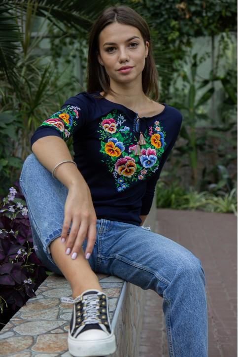 Купити жіночу футболку вишиванку  Анютка плюс (синя) в Україні від Галичанка фото 1