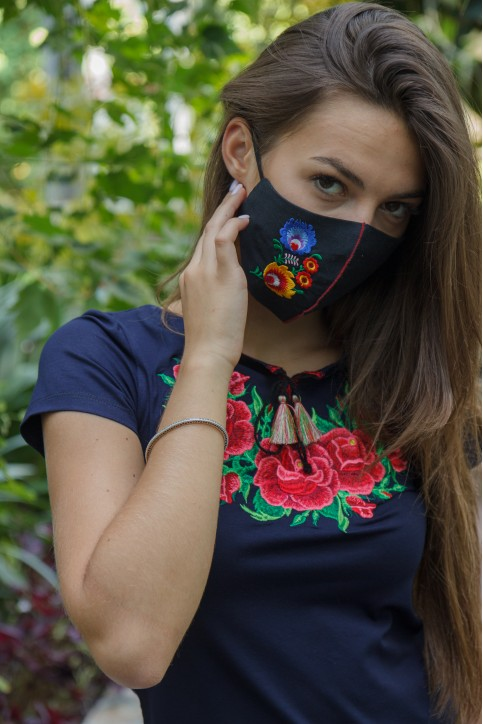 Купити жіночу футболку вишиванку  Глорія (синя з рожевим) в Україні від Галичанка фото 1