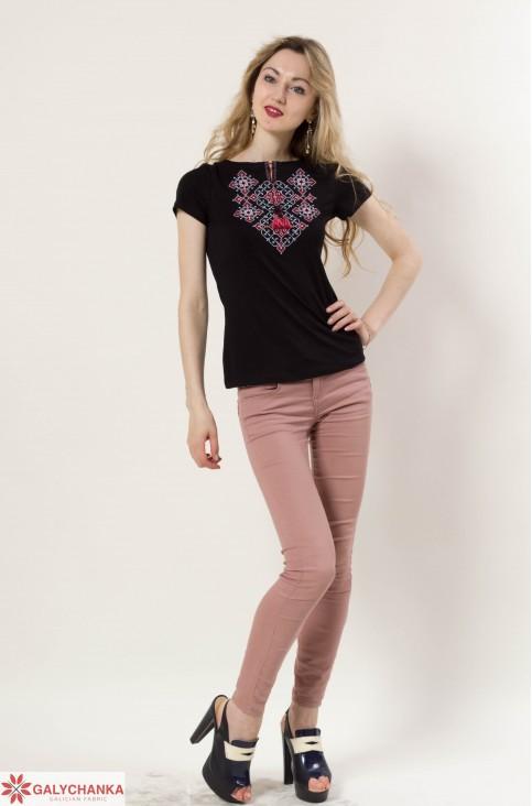 Купити жіночу футболку вишиванку Слов'янський узор (чорна з червоним) в Україні від Галичанка фото 1