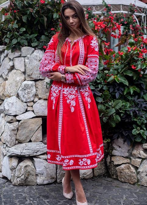 Купити жіночий костюм  Неповторність  (червона) з вишивкою в Україні від Галичанка фото 1