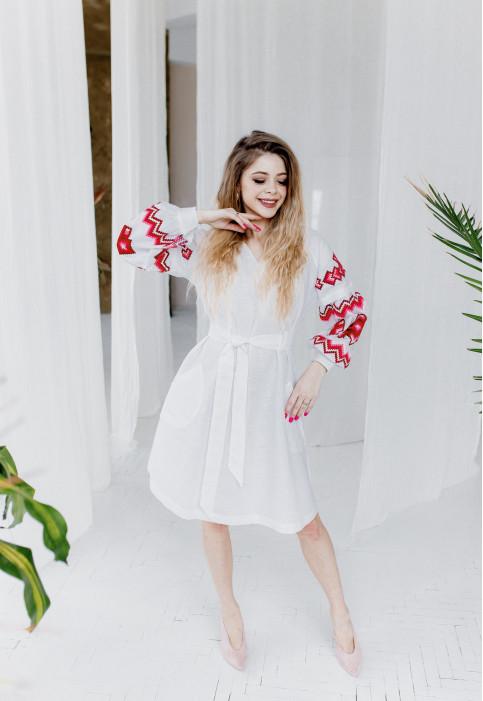 Купити вишиту сукню Христина  (біла з червоним) в Україні від виробника Галичанка фото 1