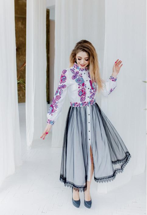 Купити вишиту сукню Жанетта (біла з рож.-фіолет) в Україні від виробника Галичанка фото 1