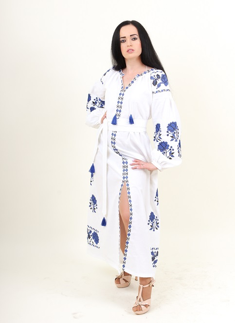 Купити вишиту сукню Паризька троянда (біла з синім) в Україні від виробника Галичанка фото 1
