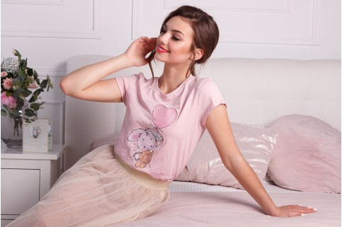 Купити жіночу футболку casual Зайка (пудра) в Україні від Галичанка фото 1