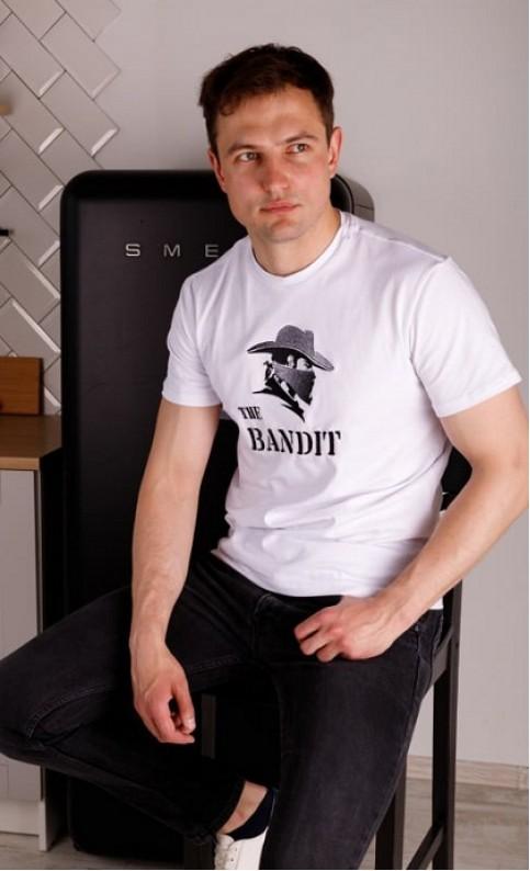 Купити чоловічу футболку Casual Бандит (біла)  в Україні від Галичанка фото 1