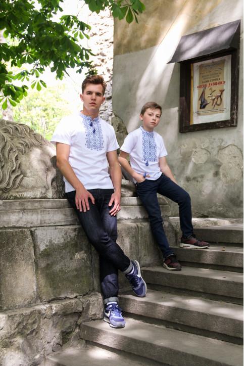 Купити парні вишиванки Зорепад і Зорянчик (білий з синім) в Україні від Галичанка фото 1