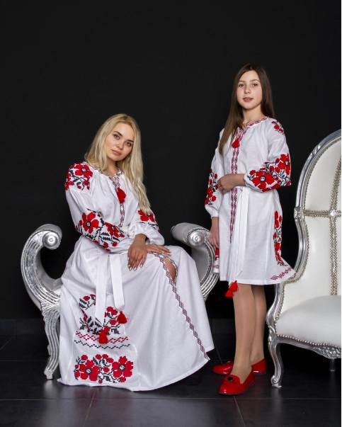 Купити парні вишиванки Паризький букет і квіти Праги (білий з червоним) в Україні від Галичанка фото 1