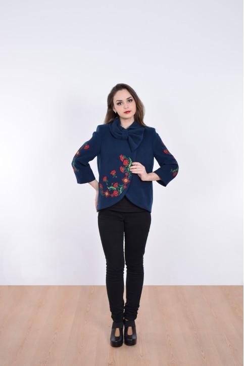 Купити жіночий жакет з вишивкою Квіткові чари (темно синє) в Україні від Галичанка фото 1
